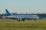 小弦さんが、バンクーバー国際空港で撮影した厦門航空 787-8 Dreamlinerの航空フォト(写真)