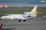 SFJ_capさんが、中部国際空港で撮影したアメリカ企業所有 Falcon 7Xの航空フォト(写真)