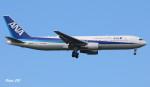 RINA-281さんが、小松空港で撮影した全日空 767-381/ERの航空フォト(写真)