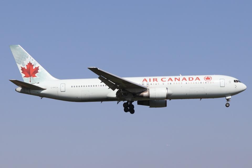 ドガースさんのエア・カナダ Boeing 767-300 (C-FPCA) 航空フォト
