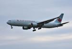 mojioさんが、成田国際空港で撮影したエア・カナダ 767-375/ERの航空フォト(写真)