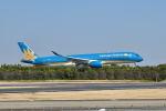 ポン太さんが、成田国際空港で撮影したベトナム航空 A350-941XWBの航空フォト(写真)