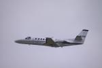 Mr.boneさんが、嘉手納飛行場で撮影したアメリカ陸軍 UC-35A Citation Ultra (560)の航空フォト(写真)