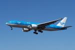 LAX Spotterさんが、ロサンゼルス国際空港で撮影したKLMオランダ航空 777-206/ERの航空フォト(写真)