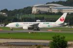 ITM58さんが、福岡空港で撮影した日本航空 777-246の航空フォト(写真)