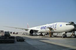 安芸あすかさんが、ドーハ・ハマド国際空港で撮影したカタール航空 777-3DZ/ERの航空フォト(飛行機 写真・画像)