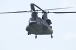 プラグマニアさんが、目達原駐屯地で撮影した陸上自衛隊 CH-47JAの航空フォト(写真)