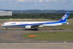 キイロイトリさんが、新千歳空港で撮影した全日空 777-381の航空フォト(写真)