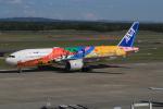 キイロイトリさんが、新千歳空港で撮影した全日空 777-281/ERの航空フォト(写真)