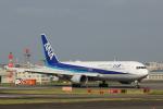 アングリー J バードさんが、福岡空港で撮影した全日空 767-381/ERの航空フォト(写真)