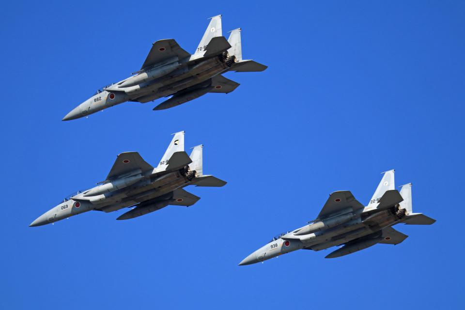 Wasawasa-isaoさんの航空自衛隊 Mitsubishi F-15J Eagle (72-8882) 航空フォト