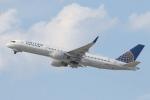 安芸あすかさんが、ロサンゼルス国際空港で撮影したユナイテッド航空 757-222の航空フォト(写真)
