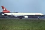 tassさんが、成田国際空港で撮影したスイス航空 MD-11の航空フォト(写真)