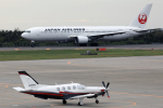 syo12さんが、函館空港で撮影した日本個人所有 TBM-700の航空フォト(写真)