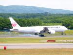 むらさめさんが、新千歳空港で撮影した日本航空 777-289の航空フォト(写真)