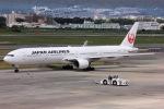 NAOHIROさんが、伊丹空港で撮影した日本航空 777-346の航空フォト(写真)