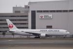 starlightさんが、羽田空港で撮影した日本航空 767-346の航空フォト(写真)