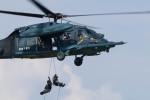 Koenig117さんが、小松空港で撮影した航空自衛隊 UH-60Jの航空フォト(写真)