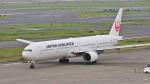 オキシドールさんが、羽田空港で撮影した日本航空 777-346の航空フォト(写真)