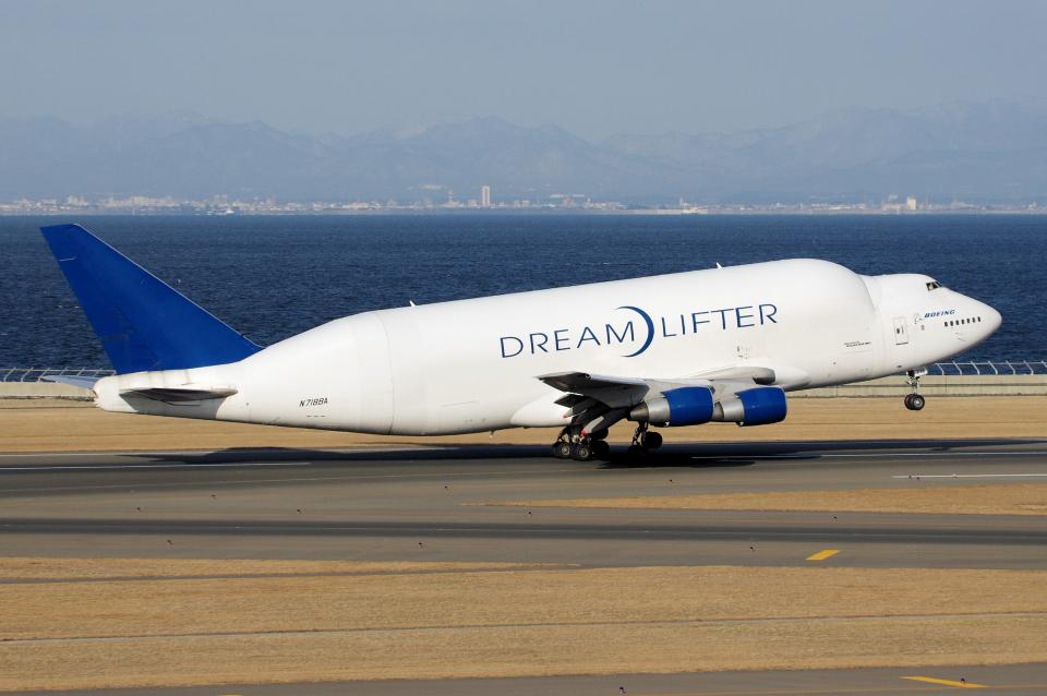 yabyanさんのボーイング Boeing 747-400 (N718BA) 航空フォト
