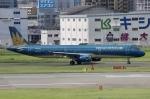 そら丸さんが、福岡空港で撮影したベトナム航空 A321-231の航空フォト(飛行機 写真・画像)