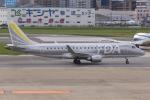 kinsanさんが、福岡空港で撮影したフジドリームエアラインズ ERJ-170-200 (ERJ-175STD)の航空フォト(写真)