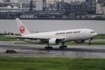 Hiro-hiroさんが、羽田空港で撮影した日本航空 777-289の航空フォト(写真)