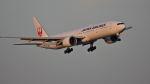 オキシドールさんが、羽田空港で撮影した日本航空 777-346/ERの航空フォト(写真)