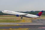 PASSENGERさんが、デュッセルドルフ国際空港で撮影したデルタ航空 767-432/ERの航空フォト(写真)