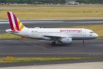 PASSENGERさんが、デュッセルドルフ国際空港で撮影したユーロウイングス A319-112の航空フォト(写真)