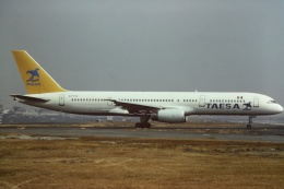 tassさんが、メキシコ・シティ国際空港で撮影したTAESA 757-225の航空フォト(飛行機 写真・画像)