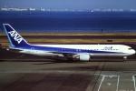 tassさんが、羽田空港で撮影した全日空 767-381の航空フォト(飛行機 写真・画像)