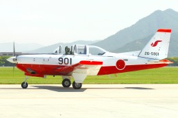 デデゴンさんが、防府北基地で撮影した航空自衛隊 T-7の航空フォト(飛行機 写真・画像)