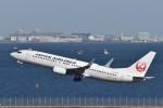 T.Kawaseさんが、羽田空港で撮影した日本航空 737-846の航空フォト(写真)