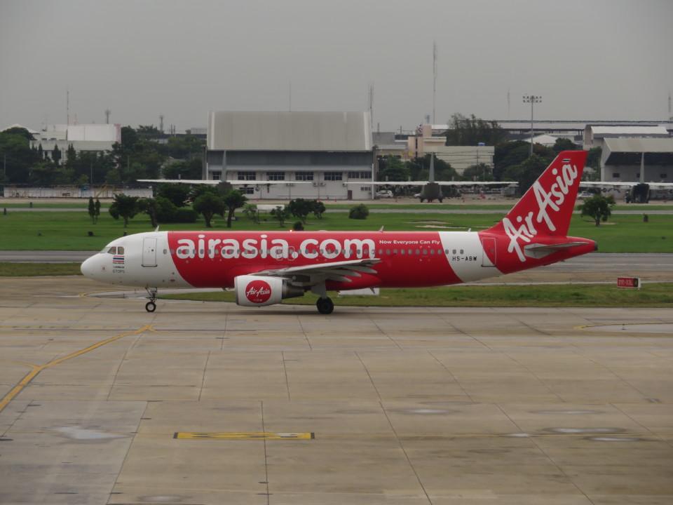 カップメーンさんのタイ・エアアジア Airbus A320 (HS-ABW) 航空フォト