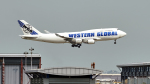 FlyingMonkeyさんが、香港国際空港で撮影したウエスタン・グローバル・エアラインズ 747-446(BCF)の航空フォト(写真)