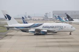 水月さんが、関西国際空港で撮影したマレーシア航空 A380-841の航空フォト(写真)