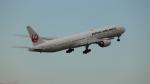 sk380さんが、新千歳空港で撮影した日本航空 777-346/ERの航空フォト(写真)