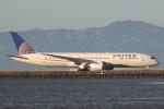 安芸あすかさんが、サンフランシスコ国際空港で撮影したユナイテッド航空 787-9の航空フォト(写真)