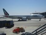 worldstar777さんが、ロサンゼルス国際空港で撮影したアリタリア航空 777-243/ERの航空フォト(写真)