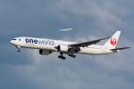 たかしさんが、羽田空港で撮影した日本航空 777-346の航空フォト(写真)