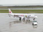 いぶちゃんさんが、新潟空港で撮影したジェイ・エア ERJ-190-100(ERJ-190STD)の航空フォト(写真)