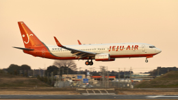 FlyingMonkeyさんが、成田国際空港で撮影したチェジュ航空 737-8ALの航空フォト(飛行機 写真・画像)