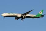 camelliaさんが、成田国際空港で撮影したエバー航空 777-36N/ERの航空フォト(写真)