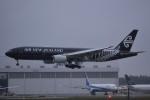 トロピカルさんが、成田国際空港で撮影したニュージーランド航空 777-219/ERの航空フォト(写真)