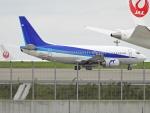 チャレンジャーさんが、羽田空港で撮影したANAウイングス 737-54Kの航空フォト(写真)