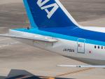 名無しの権兵衛さんが、羽田空港で撮影した全日空 777-381/ERの航空フォト(写真)