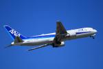 Wasawasa-isaoさんが、小松空港で撮影した全日空 767-381/ERの航空フォト(写真)