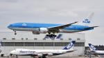 FlyingMonkeyさんが、成田国際空港で撮影したKLMオランダ航空 777-206/ERの航空フォト(写真)