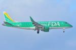 デデゴンさんが、石見空港で撮影したフジドリームエアラインズ ERJ-170-200 (ERJ-175STD)の航空フォト(写真)